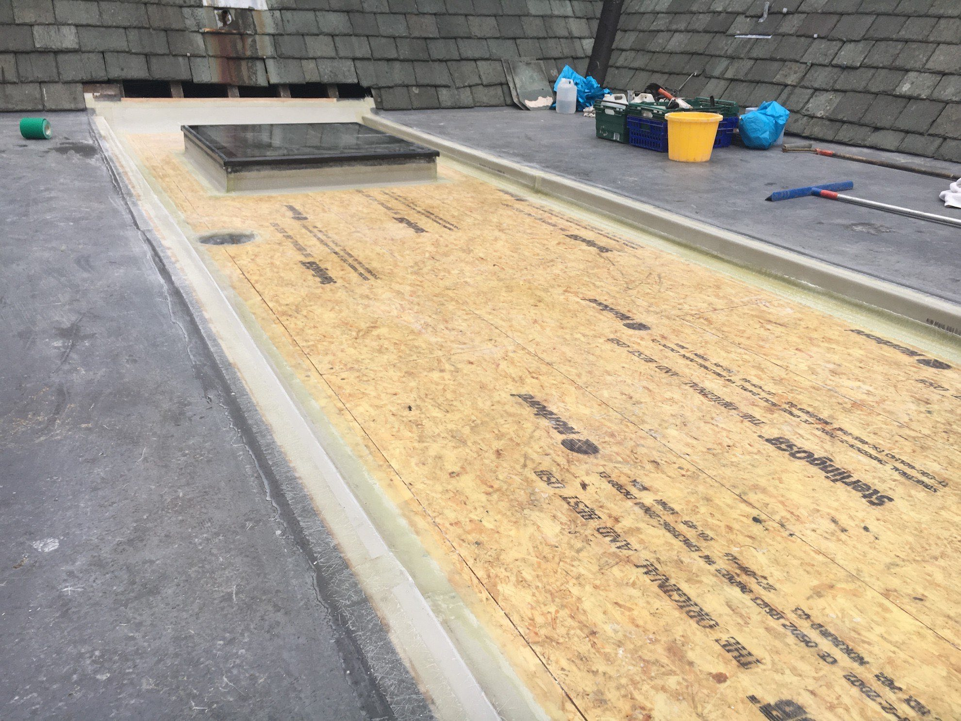 NJ Davies & Sons Fibreglass Roofing